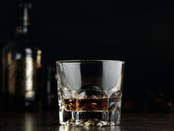 copa de whiskey